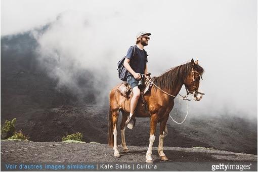 homme sur son cheval